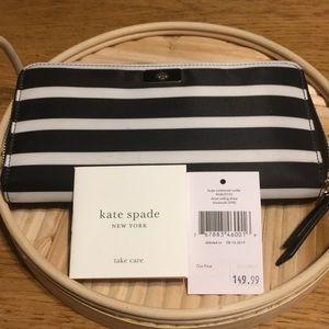 Kate Spade long continental wallet